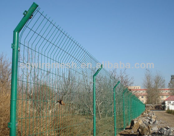 high quality green bilateral wire fencing