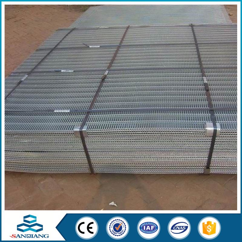 2x2 black galvanized welded wire mesh panel fence
