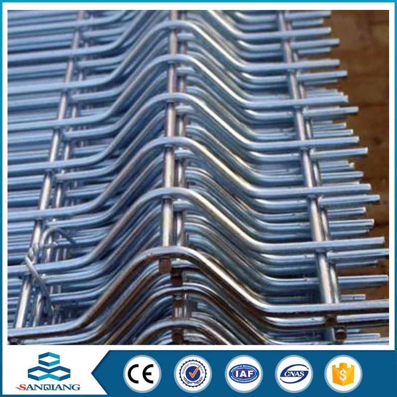china galvanised triangle bending wire mesh fence