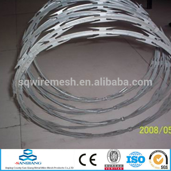 Galvanized 16*16 & 16*18 barbed wire fence(Anping)