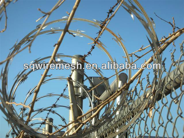 Concertina razor barbed wire cross type (factory)